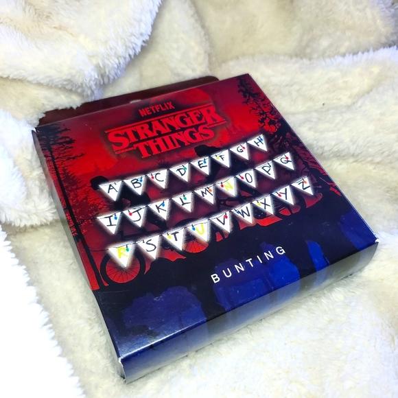 Stranger Things Bunting 🎄